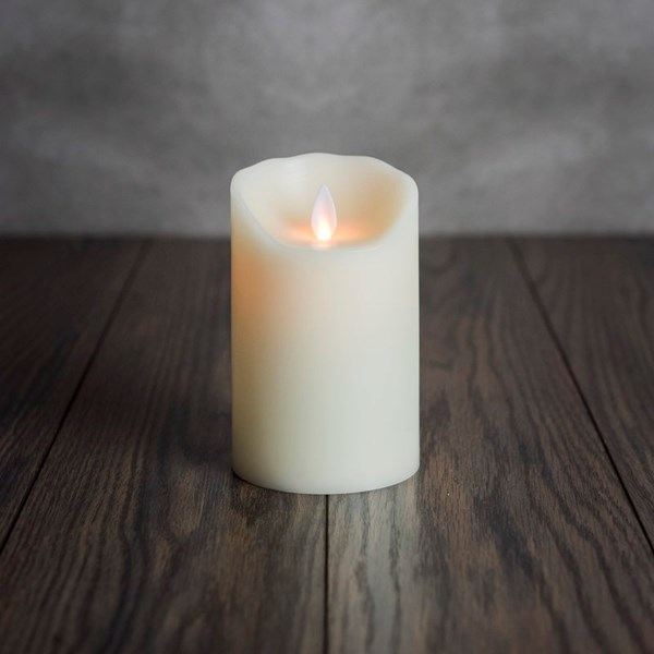 صورة Flameless Candle